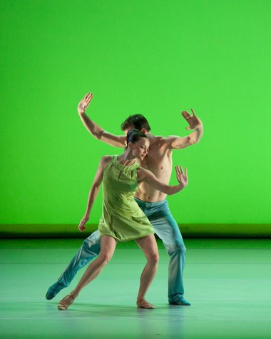 """A scene from Jorma Elo's """"Over Glow,"""" one of three works presented by Aspen Santa Fe Ballet Sunday on the DanceCleveland series in Akron."""