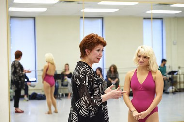 """From left: Tony winner Donna McKechnie gives student Genna-Paige Kanago tips on how to attack """"The Music and the Mirror,"""" Cassie's show-stopping solo in """"A Chorus Line."""""""