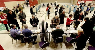 oters take part in the November 2012 election at the Broadview Heights Recreation Center.