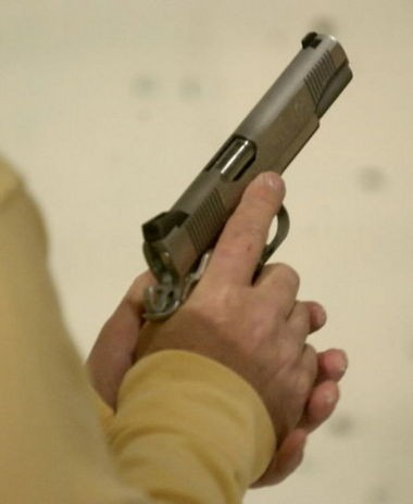 Cleveland City Council on Monday passed sweeping legislation that establishes a gun offender registry.