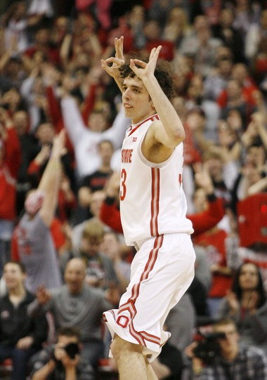 Ohio State freshamn Amadeo Della Valle knows he doesn't look like a basketball player, but he was feeling good while making two 3-pointers against Minnesota last week.