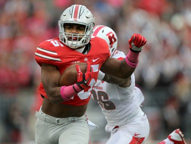 Ohio State sophomore Ezekiel Elliott should be able to run the ball with at least some success against the Penn State defense.
