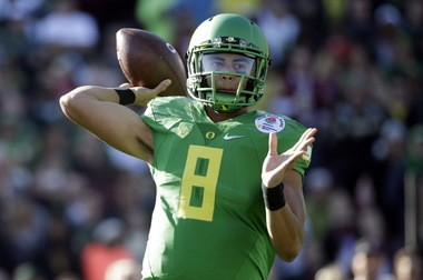 Marcus Mariota and Oregon have won consistently. And they've looked good doing it.