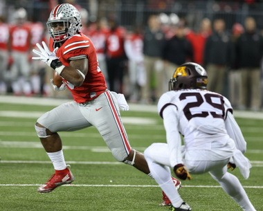 52bdd73b676 Ohio State running back Ezekiel Elliott helped the Buckeyes win a national  title last year.