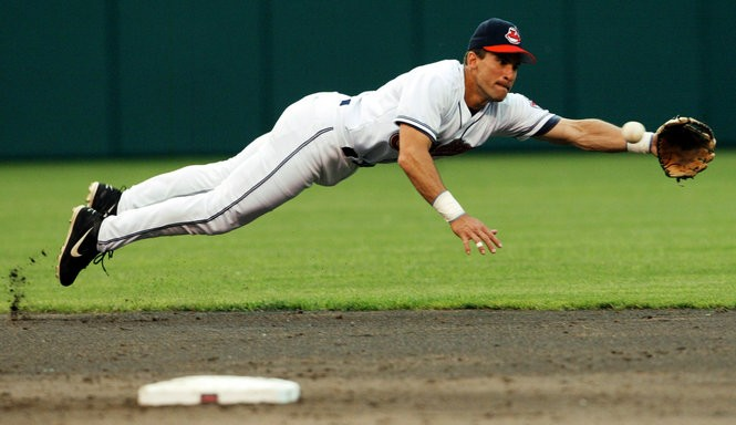 No. 3 seed Omar Vizquel dominated his first-round matchup to move on to a matchup with Kenny Lofton.