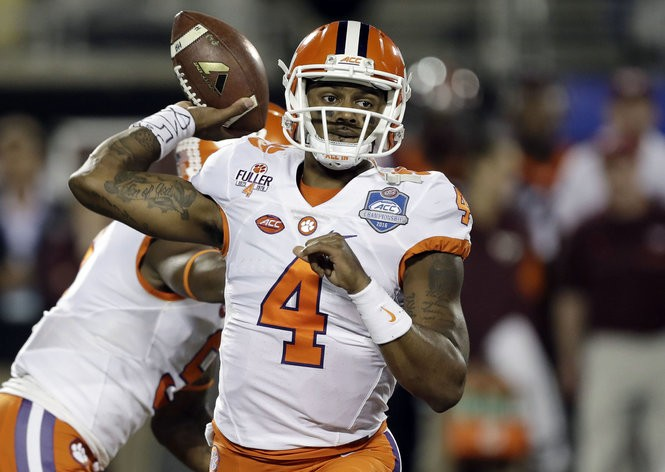 the latest 61e50 7a732 Facing Deshaun Watson: How other top NFL QB prospects have ...