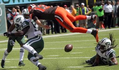 Browns quarterback Josh McCown suffered a concussion in the season opener.
