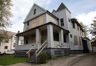 Community leaders differ on what to do with Cleveland's glut of vacant housing. Some say demolition is the answer others say the city should invest in restoring its once livable and architecturally valuable homes.