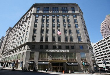 Rock Ohio Caesars has arranged financing to buy the former Higbee department store, where it now rents space for the Horseshoe Casino Cleveland.