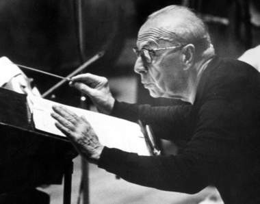 George Szell conducts the Cleveland Orchestra during a May 1968 recording session for Columbia Records. (Plain Dealer file photo / Richard T. Conway)