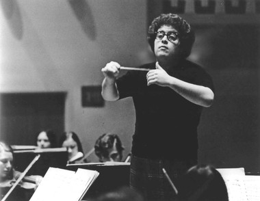 James Levine left Cleveland in the early 1970s to join New York's Metropolitan Opera. He is shown here during a rehearsal.