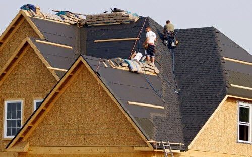 Roofers are at a particularly high risk for opioid overdoses, according to a Plain Dealer analysis