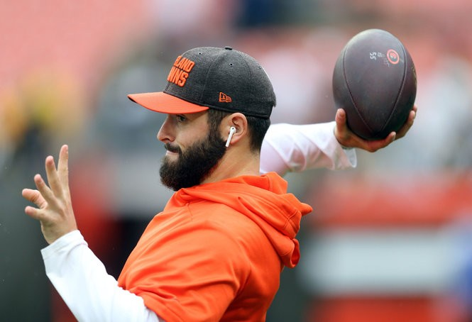 Some fans already want Baker Mayfield to play. Is that a good idea?