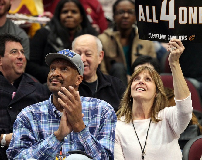 Larry and Jaynee Nance are thrilled to see their son playing for the Cavaliers. Joshua Gunter / cleveland.com