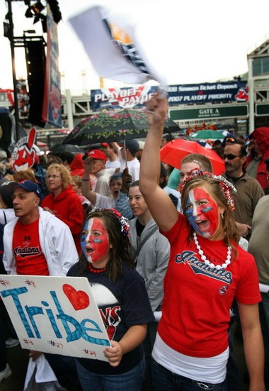 In 2007, Cleveland was Tribe crazy. The Indians are hoping to rekindle that spirit. (Cayla Purpura, left, and Ashley Urbancic.)