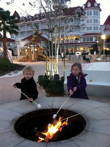 A fun -- and free -- way to end the day at Walt Disney World. Many resorts, including the Grand Floridian, offer complimentary campfires to close the evening.