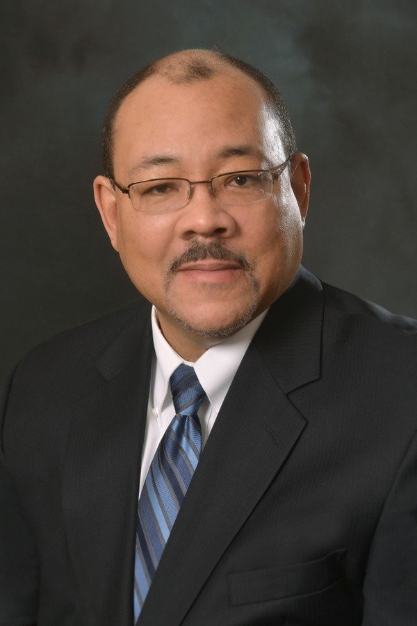 David W. James, superintendent of Akron Public Schools, will be recognized for his contributions to Akron schools and the surrounding community with Leadership Akron's Lieberth Community Vision Award.