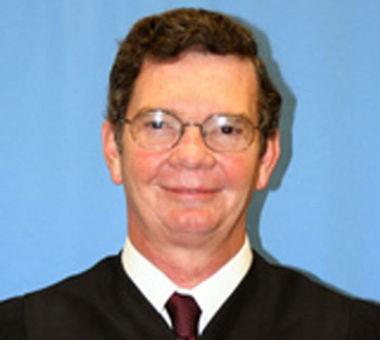 Jackson County Chancellor Neil Harris