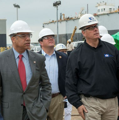 Secretary of Homeland Security Jeh Johnson, left, U.S. Rep. Steven Palazzo and Ingalls Shipbuilding President Brian Cuccias tour the Pascagoula shipyard on Thursday, April 17, 2014. (HII photo)