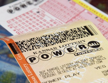Winning Powerball Ticket Sold In N J 1m Tickets Sold In Pa