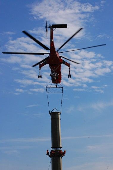 In an effort to reduce environmental impacts, helicopter construction was used for much of the work on the Susquehanna-Roseland transmission line, Public Service Enterprise Group says. (Courtesy PSEG for lehighvalleylive.com)
