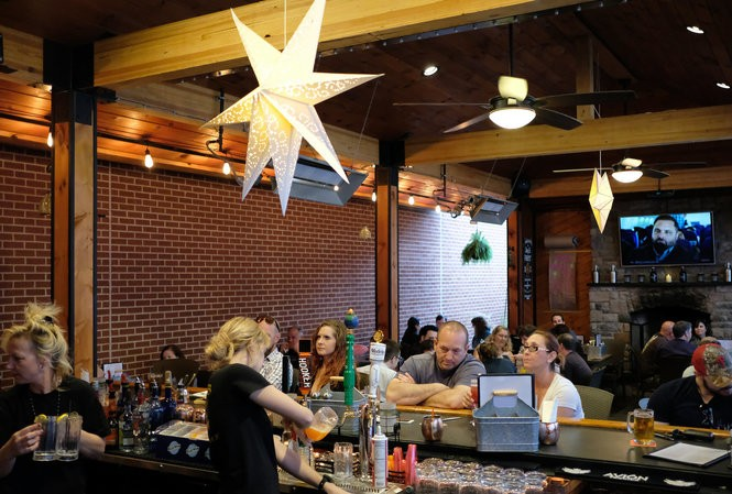 The 33 Best Outdoor Dining Spots In The Lehigh Valley
