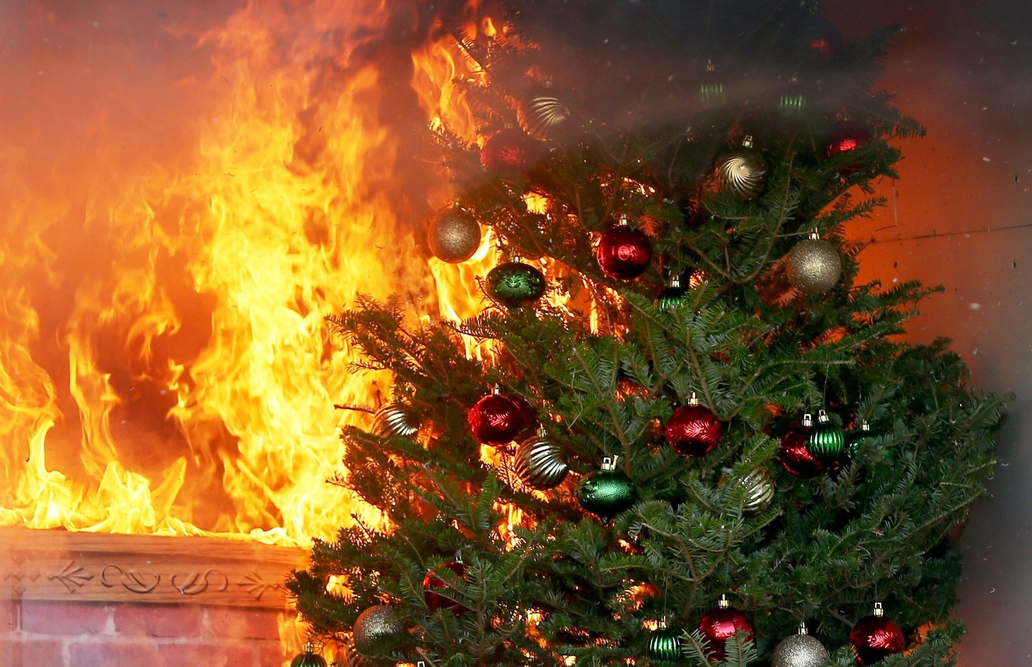 Christmas Tree On Fire.From Heaters To Christmas Trees Fire Safety Tips For Winter