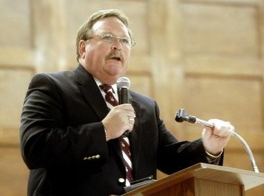 The Easton Area School Board voted tonight to name John Reinhart the interim superintendent.