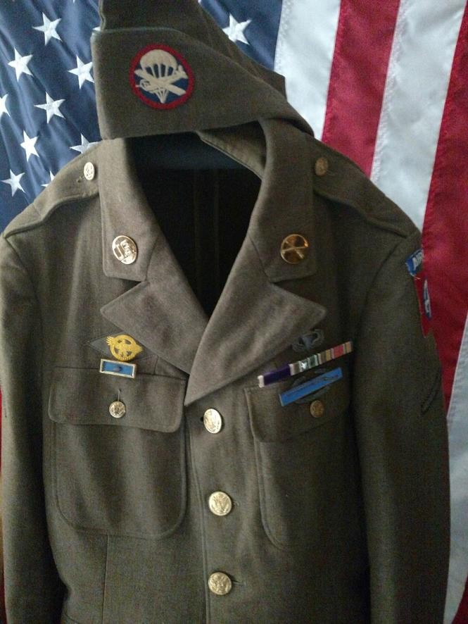 The uniform of Stanley F. Kawa.