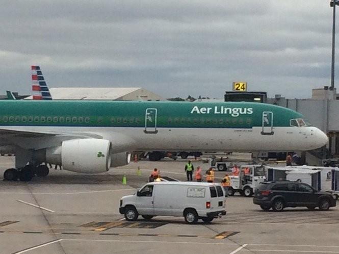 WINDSOR LOCKS, Conn. -- The first Aer Lingus flight from Dublin to Bradley International Airport in Windsor Locks arrives Wednesday.
