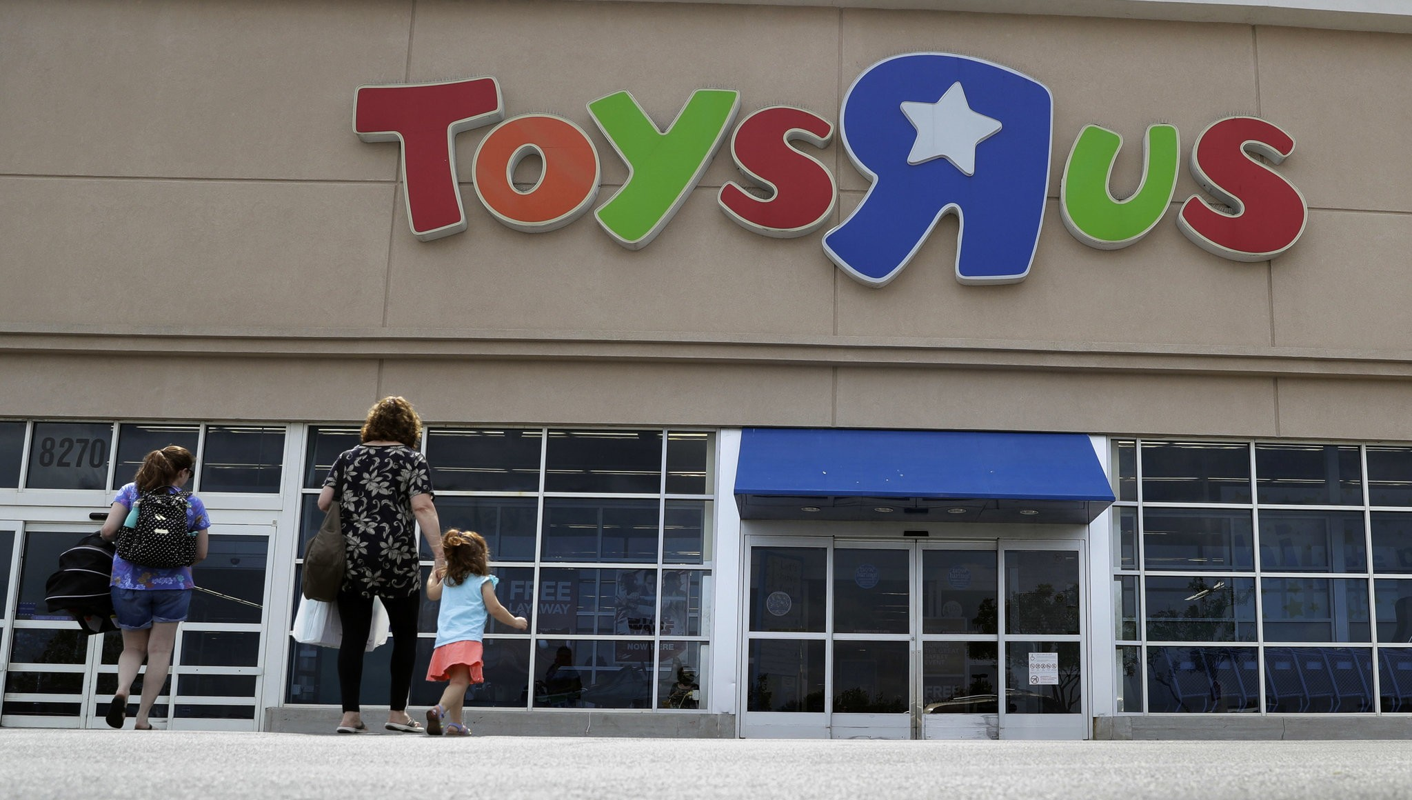 Toys R Us To Close 6 Massachusetts Stores Including Holyoke Mall Babies R Us As Part Of Bankruptcy Restructuring Masslive Com