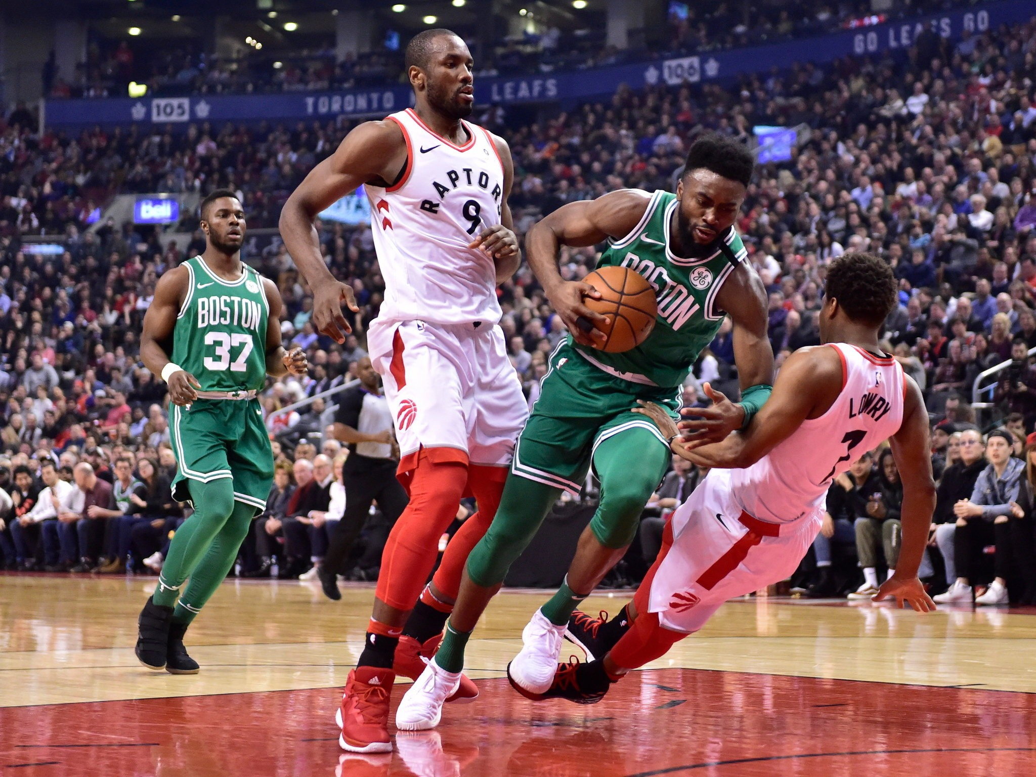 Boston Celtics Go Ice Cold In Loss To Toronto Raptors Likely Clinch No 2 Seed Masslive Com