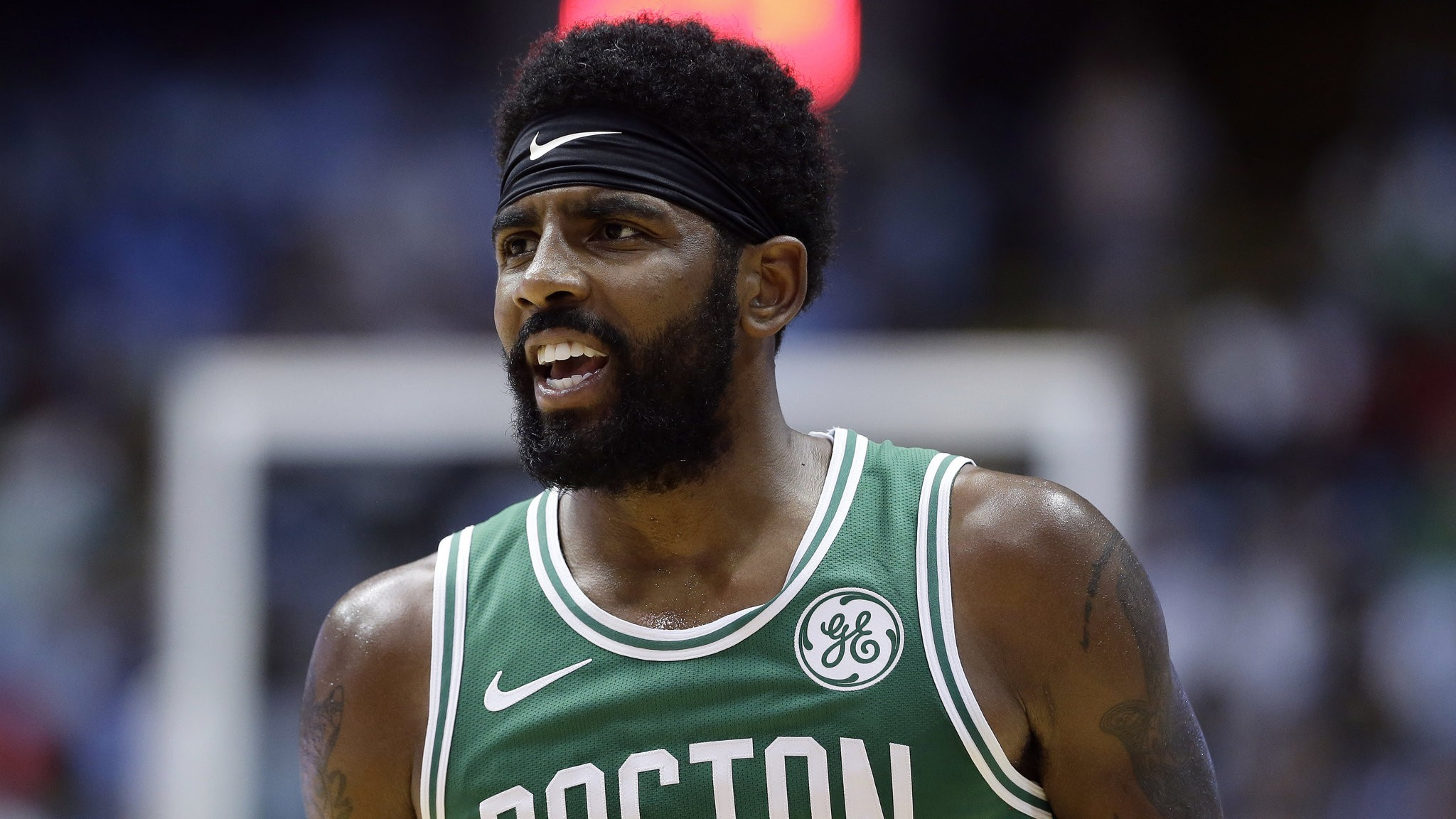 Boston Celtics\u0027 Kyrie Irving apologizes for flat,earth