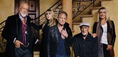 Mick Fleetwood, Stevie Nicks, Lindsey Buckingham, John McVie and Christine McVie of Fleetwood Mac