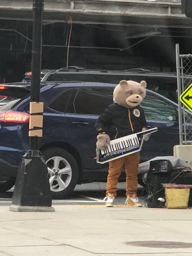 Keytar Bear.