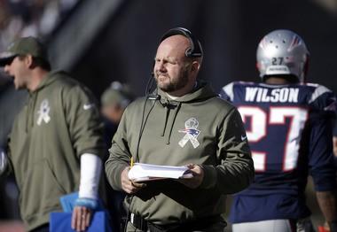 New England Patriots tight end coach Brian Daboll (AP Photo/Steven Senne)