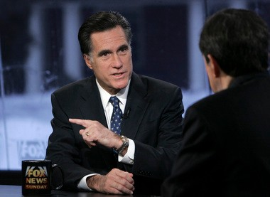 01.06.2008, file photo, Republican presidential hopeful former Massachusetts Gov. Mitt Romney speaks with Chris Wallace on FOX News Sunday in Manchester, N.H. (AP Photo/LM Otero, File)