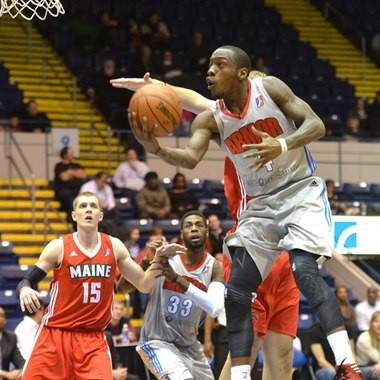 Tyshawn Taylor did his thing for Springfield Sunday, but it wasn't enough to prevent another loss to the Red Claws.