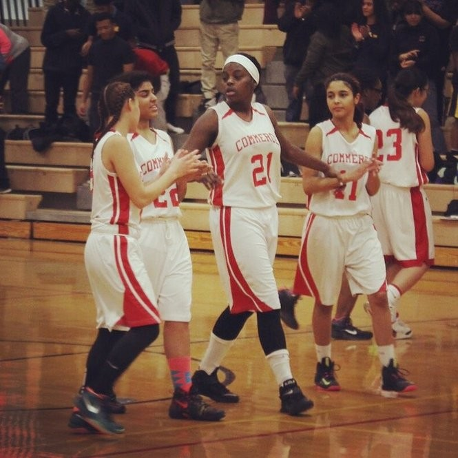 Alexus Anderson (center, No. 21) and Jayzabel Torres (right) in action for the Commerce girls basketball team. (SUBMITTED PHOTO BY SOPHIE MARKHAM)