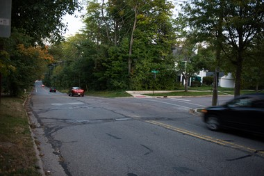 The intersection of Geddes Avenue and Onondaga Street in Ann Arbor. A 5-year-old girl was in critical condition Saturday after being hit by a car Friday night. Tyler Stabile | The Ann Arbor News