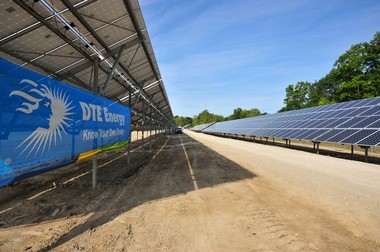 More than 4,000 solar panels constructed by DTE Energy now line a 9.37-acre swath of land on the north side of M-14 in Ann Arbor Township.