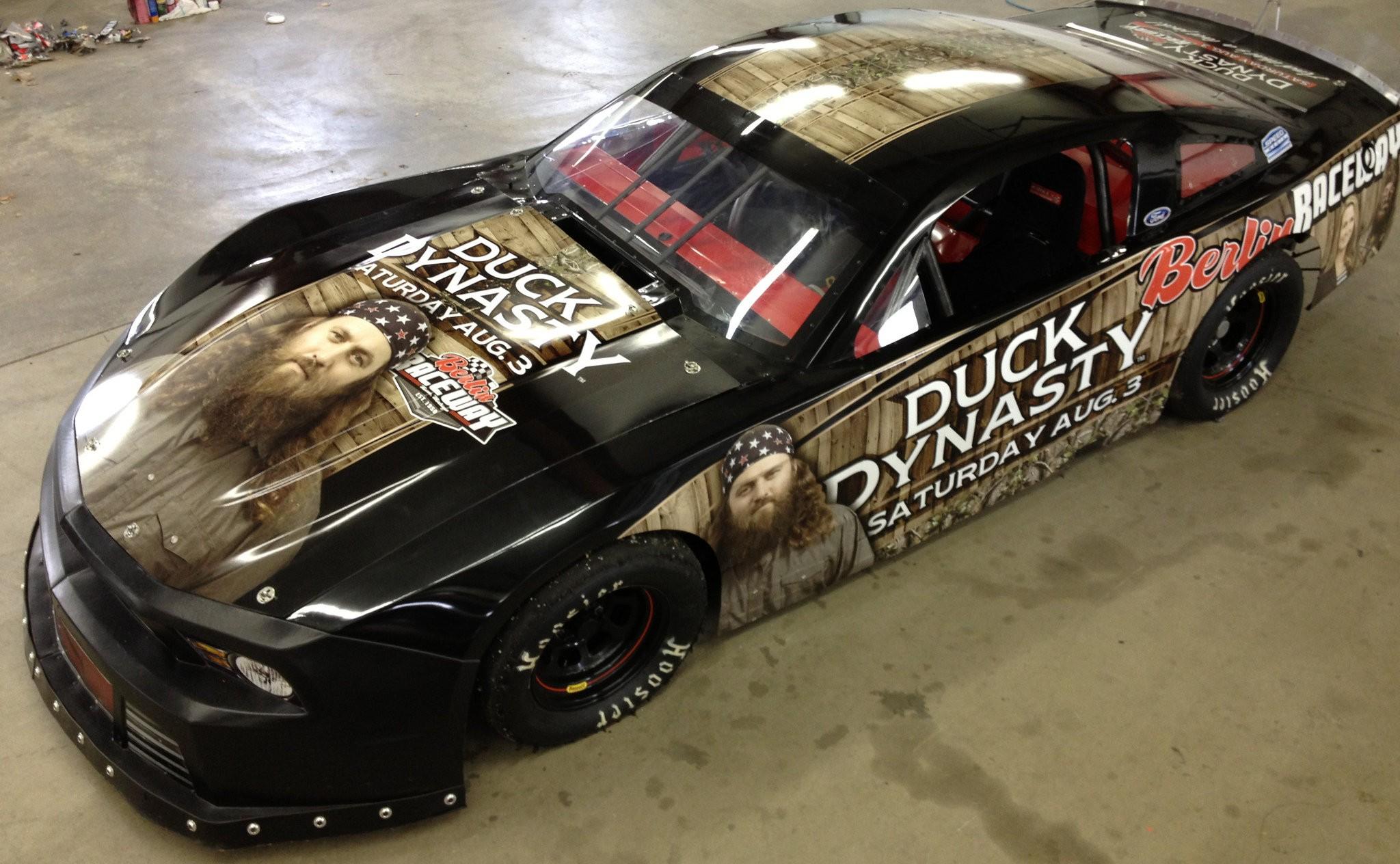 Duck Dynasty Car Ready For Robertson S Berlin Raceway Visit Mlive Com [ 1264 x 2048 Pixel ]
