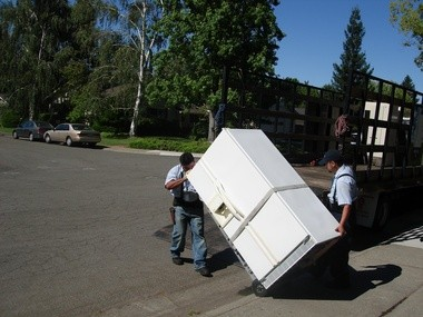 Consumers Energy Appliance Recycling Program Encourages