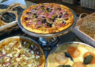 Want a beer with that pizza? Wealthy Street Bakery got a Grand Rapids zoning permit for alcohol service.