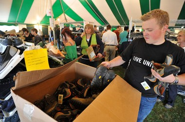 Wolverine Worldwide will sell its sample shoes in a mega tent sale on Sept. 25 that will raise money for United Way.