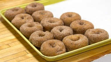 Marge's Donut Den is offering donuts for donations to a Grand Rapids non-profit on Giving Tuesday.