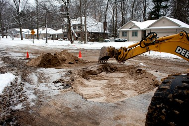 eeda43a9b82 A water main broke in Norton Shores about 8 a.m. the morning of Wednesday