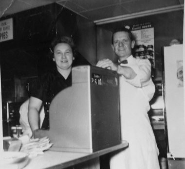 Chicken Inn owners Gilbert and Mary Glasscock. (Courtesy photo| MLive.com)