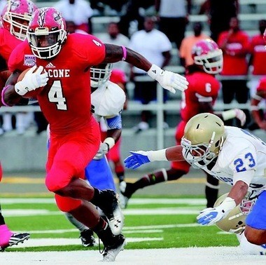 Jackson High School graduate Tyler Thomas won two postseason awards for his play at running back for Bacone College.