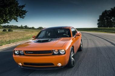 Chrysler resurrects Dodge Challenger Shaker, Scat Pack performance